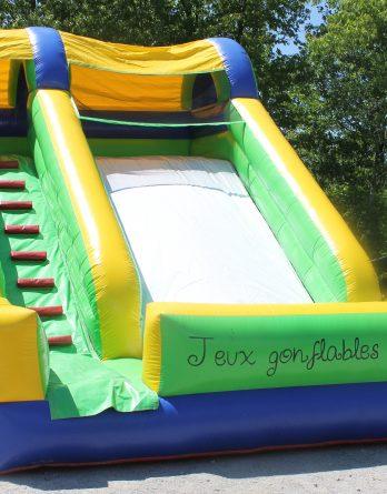 La Grande Glissade Jeux Gonflables